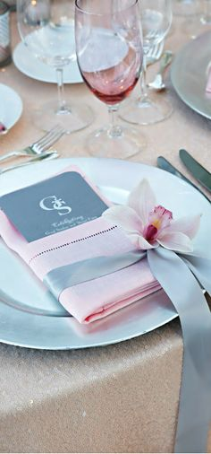 Creative Wedding Ideas for Table Napkins; via Colin Cowie Weddings Pink Grey Wedding, Mod Wedding, Wedding Table, Trendy Wedding, Wedding Ceremony, Place Settings, Table Settings, Outdoor Bridal Showers, Creative Wedding Ideas