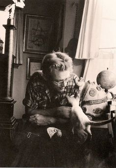 James Dean and a kitty.