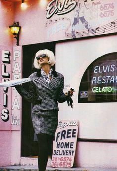 Elle, 1991