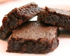 STEVIA Recipes - i pinned this for the stevia vs. sugar conversion but there are also links to many stevia recipes here. Sugar Free Recipes, Sweet Recipes, Brownie Recipes, Dessert Recipes, Cake Recipes, Dinner Recipes, Stevia Recipes, Stevia Desserts, Coconut Brownies