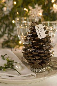 Christmas placecard holder #wedding: