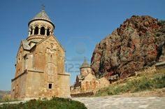 Resultados da Pesquisa de imagens do Google para http://us.123rf.com/400wm/400/400/salajean/salajean1203/salajean120300271/12967036-noravank-medieval-monastery-in-armenia-red-rocks-in-the-background.jpg
