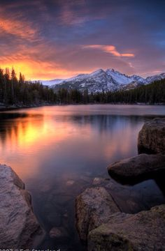 A favorite spot in Rocky Mountain National Park, Estes Park, Colorado. Bear Lake, Rocky Mountain National Park Find more at www. Art Soleil, Beautiful World, Beautiful Places, Beautiful Pictures, Beautiful Sunset, Natur Wallpaper, Landscape Photography, Nature Photography, Photography Tips