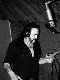 Lemmy's in the studio today working on vocals for the new album! #MotörheadForLife