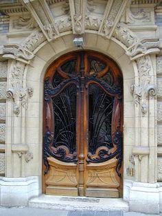 Monarch wings look Art Deco/Nouveau to me.