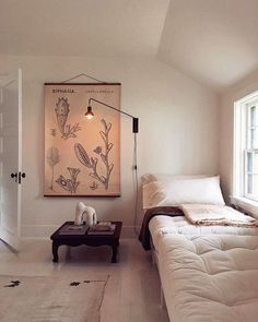 white daybed in minimalist modern room. / sfgirlbybay white daybed in minimalist modern room. Bohemian Interior Design, Modern Interior Design, Interior Colors, Contemporary Interior, White Daybed, Scandinavian Bedroom, Modern Room, Modern Living, My New Room