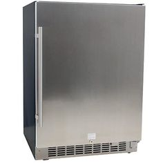 Buy the EdgeStar beverage cooler with stainless steel finish for storing wine or beer. The EdgeStar beer refrigerator can hold up to 142 cans. Outdoor Refrigerator, Undercounter Refrigerator, Beverage Refrigerator, Compact Refrigerator, Built In Beverage Cooler, Beverage Center, Cooler Reviews, Stainless Steel Doors, Glass Shelves