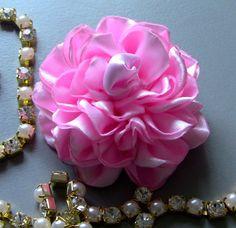 Novo modelo de Rosa de Fitas com varias petalas Passo a Passo- Pink tapes