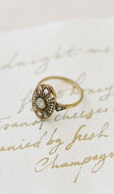 LOVE this gold vintage-inspired engagement ring! Shop TrumpetandHorn.com for more vintage rings // Photo by Jen Huang