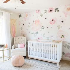 We're still smitten with the #1 selling Jolie Wallpaper from the #PNshop! We're in the nursery with @fantasticallyfit and we've got the full room tour #ontheblog. Design: @brimoysa Image: @blyssphoto