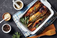 Grill Pan, Fish Recipes, Chicken Wings, Barbecue, Tapas, Seafood, Grilling, Food And Drink, Veggies
