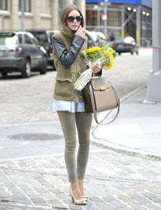 Olivia Palermo in Paige Premium Verdugo leggings & Mulberry stitched bow pumps.