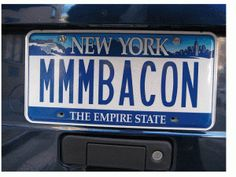 You know I love bacon.  Now, I love this plate too.  Its even from my state!