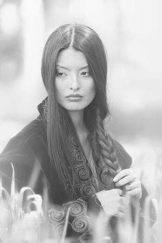 Aboriginal and Tribal Nation News añadió una nueva foto: Indigenous girl of Kazakhstan (nomadic...