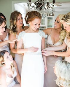 fabulous vancouver wedding #Repost @cpienaarphoto ・・・ What bridesmaids are for #bridesmaids #okanaganphotographer #kelownawedding #kelownaweddingphotographer #vancouverphotographer #dreamwedding #wedding #weddinginspiration #filmphotography by @onacanvas  #vancouverwedding #vancouverwedding