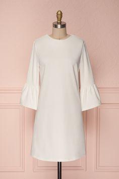 Ghie White #boutique1861 #dress #white #whitedress #bellsleeves #vintage