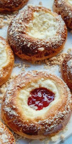 Soft and delicate danish dough with the best sweet cheesecake center filled with jam and a streusel topping. The best dessert recipe for anytime! Winter Desserts, Easy Desserts, Delicious Desserts, Best Dessert Recipes, Brunch Recipes, Sweet Recipes, Breakfast Pastries, Sweet Breakfast, Breakfast Ideas