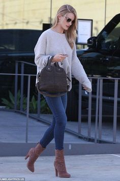 Rosie Huntington-Whiteley.. Zadig & Voltaire 'Markus Sweater, Paige Denim Margot skinnies, Alaia Ankle Boots, and Givenchy Nightingale satchel..... - Celebrity Fashion Trends