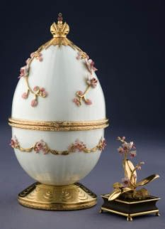 "SOLD: Theo Fabergé's ""Pink Orchid Egg"". Private Collection, PA"