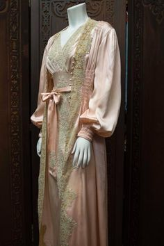 1930s Two Piece Loungewear: Gown and Robe 3