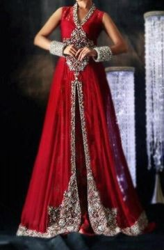 Attractive and Beautiful Pakistani Bridal Dresses One of the biggest event for any girl that comes once in a life time is her marriage. Pakistani Bridal, Indian Bridal, Pakistani Couture, Pakistani Outfits, Indian Outfits, Pakistani Clothing, Colored Wedding Dresses, Bridal Dresses, Indian Fashion Trends