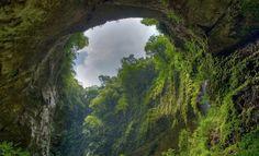 Viaggio nella caverna più grande del mondo