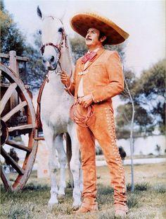 Tony Aguilar a caballo