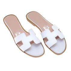 White handmade sandals H by TheboutiqueSpetses on Etsy New Look, Fashion Shoes, Boutique, Trending Outfits, Unique Jewelry, Handmade Gifts, Etsy, Vintage, Kid Craft Gifts