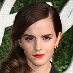 Here we see Emma pictured wearing four different lipstick colours, and she looks gorgeous in all of them. Description from beauty.popsugar.co.uk. I searched for this on bing.com/images