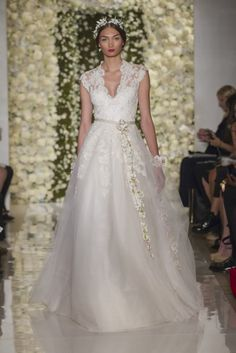 Reem Acra V-Neck A-Line Gown in Lace and Organza | KleinfeldBridal.com