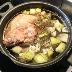 Kycklingbuljong. Pork, Meat, Pork Roulade, Pigs