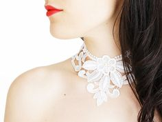Sulania // Handmade White Floral Lace Choker Collar Wedding Bride Necklace Applique Blouse Accessories Pearl