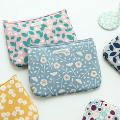 Learn more about the Promenade Cotton Daily Pouch!