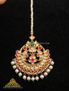 Jewelry Design Earrings, Gold Earrings Designs, Gold Jewellery Design, Necklace Designs, Gold Jewelry, Diamond Jewellery, Pendant Jewelry, Jewelery, Gold Necklace