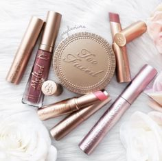 Sexy Makeup, Love Makeup, Beauty Makeup, Makeup Stuff, Gold Makeup Looks, Rose Gold Makeup, Makeup Goals, Makeup Tips, Makeup Hacks