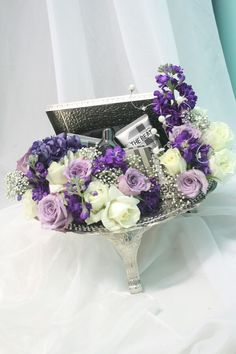 hantaran in lovely shades of purple, lilac and creamy white.