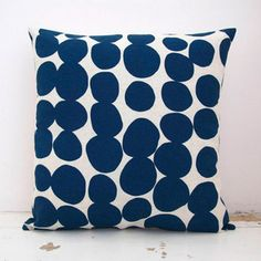 Organic Spotty Cushion