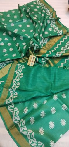 Elegant Fashion Wear Explore the trendy fashion wear by different stores from India Elegant Fashion Wear, Trendy Fashion, Block Print Saree, Latest Sarees, Printed Sarees, Beautiful Saree, Indian Designer Wear, Blouse Designs, Silk