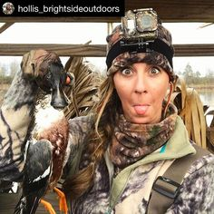 #duckyWON #Repost @hollis_brightsideoutdoors with @repostapp ・・・ Just a couple of odd birds hangin' out in the duck blind Poor @slopslayer - stuck with this weirdo forever.