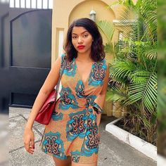 Nothing looks better than a well designed African inspired outfit. Latest Ankara Short Gown, Ankara Short Gown Styles, Ankara Styles For Women, Latest African Fashion Dresses, Short Gowns, Ankara Gowns, African Print Dresses, Ankara Dress, African Print Fashion