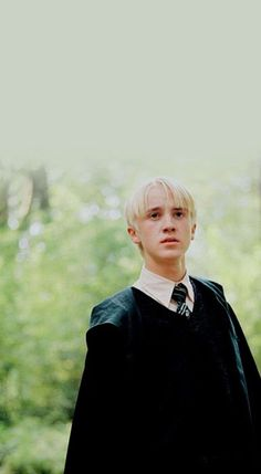 New Wallpaper Harry Potter Wallpapers Draco Malfoy 42 Ideas Harry Potter Draco Malfoy, Draco And Hermione, Harry Potter Tumblr, Harry Potter Characters, Harry Potter Fandom, Severus Snape, Ron Weasley, Hermione Granger, Draco Malfoy Aesthetic