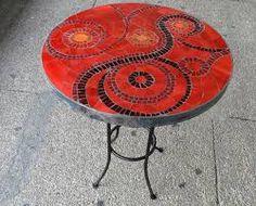 Resultado de imagen para como hacer un mosaico en una mesa de madera