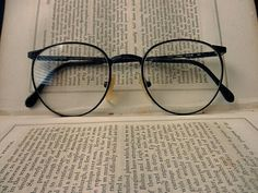 vintage wire rim eyeglass frames dark brown by TrunkGypsies Cute Glasses, New Glasses, Glasses Frames, Glasses Online, Lunette Style, Fashion Eye Glasses, Four Eyes, Zooey Deschanel, Eyewear