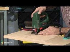 Trabajos con la caladora (BricocrackTV) - YouTube VÍDEOS DE BRICOLAGE MUY INTERESANTES EN ESTE CANAL