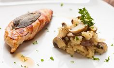 Saltimbocca vom Huhn an cremigem Champignon Risotto - Rock the Taste