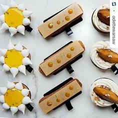 #Repost @odettewarsaw with @repostapp ・・・ Na słodki koniec tygodnia... tarta cytrynowa, ekler, a może tarta migdałowa?  #odette #hautepatisserie #pastry #pastry_inspiration #warsaw #poland