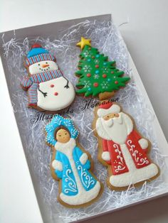 Christmas Sugar Cookies, Christmas Cupcakes, Christmas Sweets, Christmas Goodies, Holiday Cookies, Christmas Baking, Gingerbread Cookies, Fancy Cookies, Iced Cookies