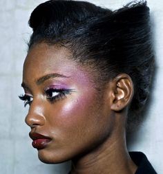 melodie monrose backstage at zac posen spring/summer 2011