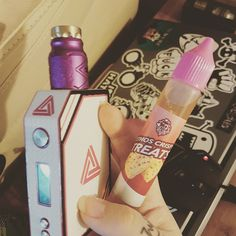 Tonight's choice. @ethoscrispytreats from @ethosvapors on the #CompLyfe Battle X #RDA powered by the @limitlessmodco 200w Box Mod.  Note: This is not the bottle the juice originally comes in I changed it.  #vape #vapegirl #ukvapegirl #vapers #vapegirls #TeamVG #TeamVapeGirl #vapelife #vapelyfe #drippin_awesome #dripclub #driplyfe #comp #battle #deck #dripper #limitless #boxmod #mod #ethos #juice #vaping #vapeon #ukvapers #ukvape #vapenation #handcheck