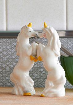 unicorn salt and pepper shakers